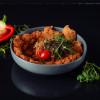 Свинная отбивная с салатом с мангала Grill Pub Bitok